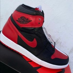 Air Jordan 1 High OG Homage to Hom